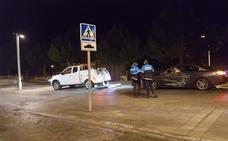 Tres heridos al colisionar un coche contra una columna dentro del 'parking' de Padre Claret