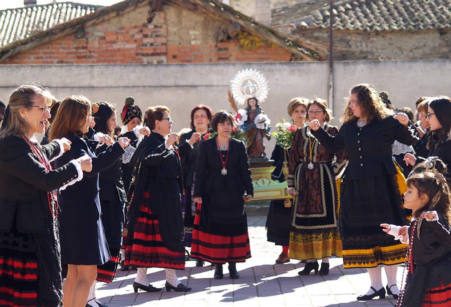 Celebración de Santa Águeda en Nieva