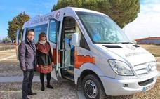 El Ayuntamiento de Arévalo adquiere un nuevo microbús más sostenible y accesible