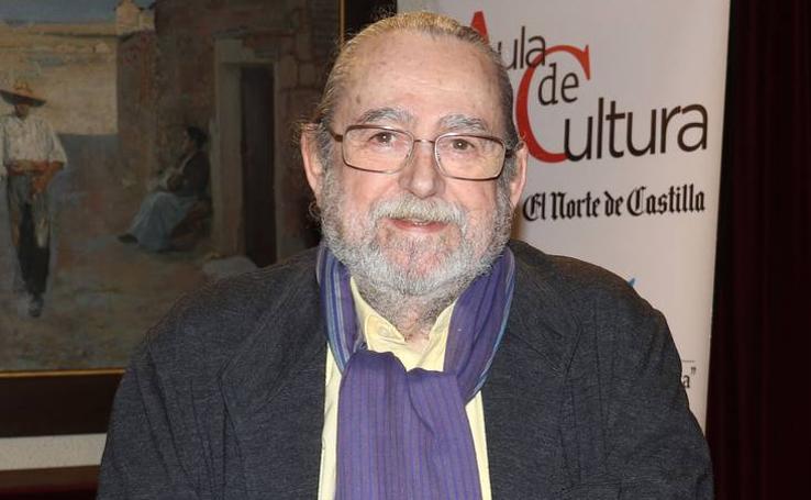 Jesús Munárriz, en el Aula de Cultura de El Norte de Castilla