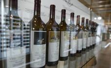 Artistas como Picasso, Miró y Andy Warhol ya firmaron etiquetas de grandes vinos
