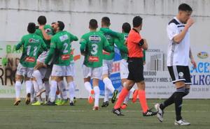 Un grave error de Sotres decide el derbi para el CD Guijuelo ante el Salamanca CF (1-0)