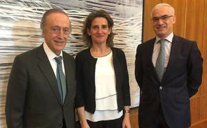 La FEV presenta a Teresa Ribera un plan de las bodegas para luchar contra el cambio climático
