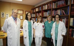 El hospital opera una media de 250 nuevos casos de cáncer de mama cada año
