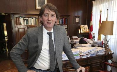 Carlos Martínez, alcalde de Soria, se desmarca de los barones del PSOE y prefiere «esperar a convocar elecciones»