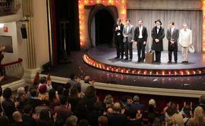El Juan Bravo aplaude el espectáculo 'Lehman Trilogy'