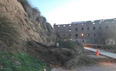 Un desprendimiento de tierra junto a harinera de Simancas deja intransitable la calle Calzadilla