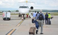El PCAS-TC presenta un plan de viabilidad para el Aeropuerto de Burgos a cuatro años con la implicación de la Junta