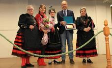El Hogar Centro celebra Santa Águeda