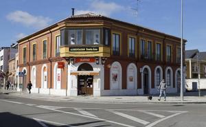 El PSOE de Palencia pide mediación municipal para evitar el cierre de la única tienda de Allende el Río