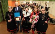 El Hogar Centro, con 4.000 socios, festeja a Santa Águeda