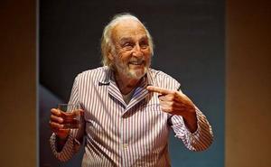Héctor Alterio: «Si me tengo que acoger a la jubilación, no tengo ni para tapar una calle»