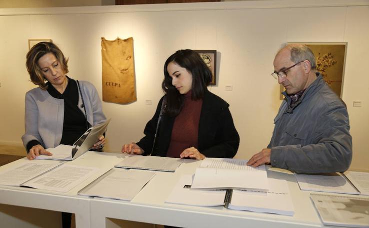 Exposición 'Versionadas' en la Casa Junco de Palencia