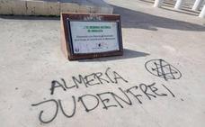 Realizan pintadas nazis en el monumento a las víctimas de Mauthausen de Almería