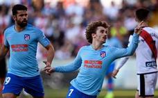 Un nefasto Atlético gana en Vallecas de rebote
