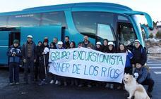 El autobús al puerto de Navacerrada culmina su viaje de prueba con medio centenar de usuarios