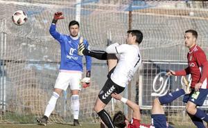 La Segoviana domina el derbi ante el Ávila pero no ve puerta (0-0)