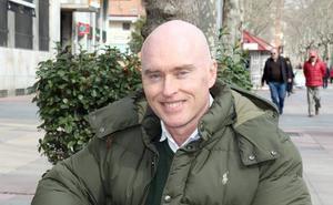 Mike Hansen cifra en 40.000 euros el desfase presupuestario