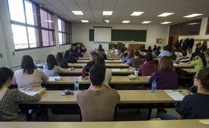 Anulan el listado de aprobados de unas oposiciones a médico de Familia en Castilla y León