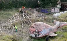 Trabajos de limpieza para la reforma del Parque Juan de Austria