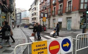 Retenciones en el centro de Valladolid por el corte de la Bajada de la Libertad