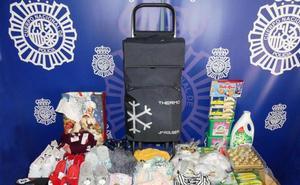 Detenidas dos mujeres y dos menores que utilizaban un carrito de bebé para robar en tiendas de la calle Toro de Salamanca