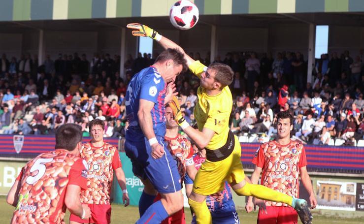 La Gimnástica Segoviana se impone a La Granja en el derby celebrado en La Albuera (2-0)