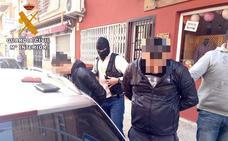 Detenido el cabecilla de un grupo dedicado al hurto continuado de teléfonos móviles