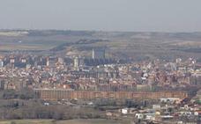 La polución cierra el centro de Valladolid por quinto día y limita la velocidad a 30 en toda ciudad