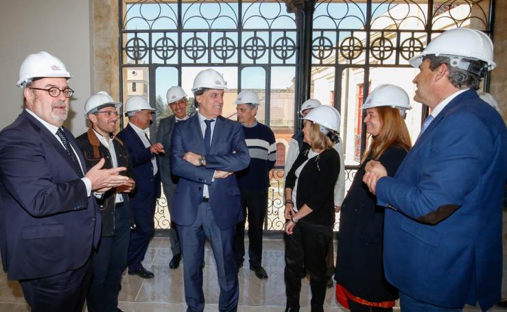 El consejero de Educación, Fernando Rey visita a las obras del Rodríguez Fabrés de Salamanca