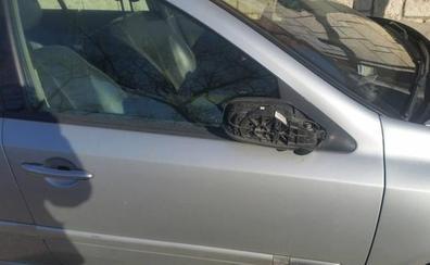 Vecinos de La Rubia en Valladolid denuncian destrozos en 15 coches por los problemas para estacionar