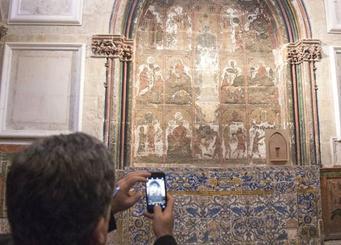 La restauración de la capilla de Santa Bárbara de la Catedral descubre unas pinturas góticas