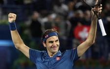 Federer alcanza el centenar de títulos