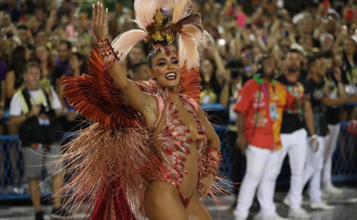El carnaval agita las calles de Río de Janeiro