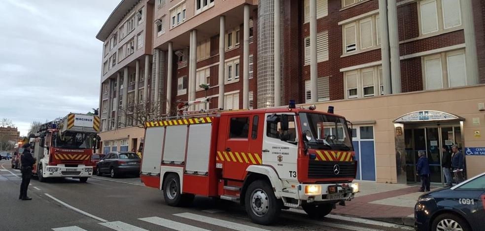 Una familia de cinco miembros, intoxicada por el incendio de su vivienda en Burgos
