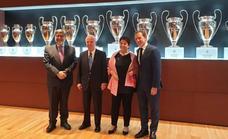 El Ayuntamiento y la Fundación Real Madrid renuevan su cooperación