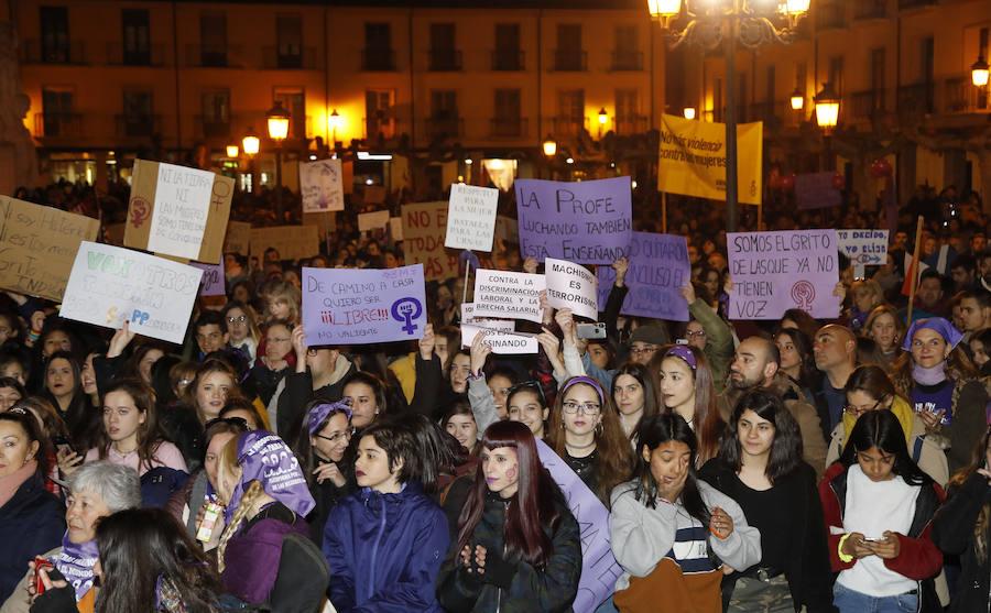 Unas 5.000 personas claman en Palencia por la igualdad de género en el Día de la Mujer