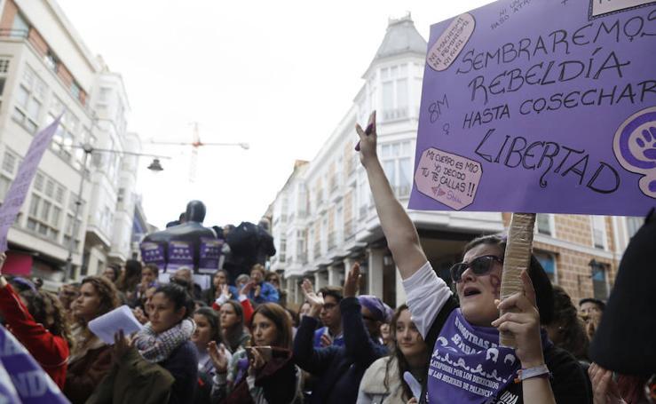 Lecturas de manifiestos en el Día de la Mujer en Palencia