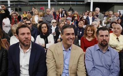 Puente y Pedro Sánchez inician la carrera electoral en Valladolid: «El PSOE es lo nuevo, lo sexy»