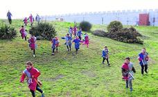 Los escolares asaltan el castillo