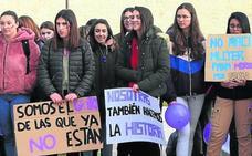 Cientos de personas claman en las calles de Cuéllar por la igualdad entre géneros
