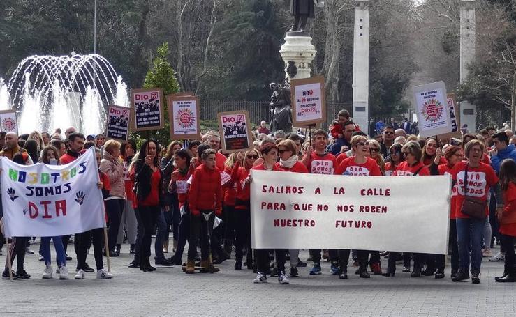 Protesta de los trabajadores de DIA en Valladolid