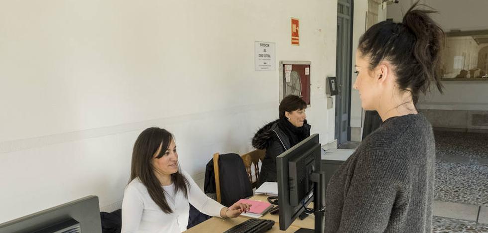 Valladolid pierde 5.481 electores jóvenes respecto a las últimas generales