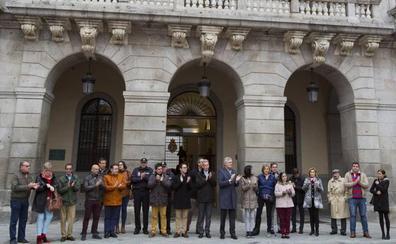 Las instituciones provincial y local paran en recuerdo a las víctimas del 11-M