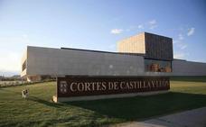 Trabajadores indefinidos de la Junta de Castilla y León protestarán ante posibles despidos