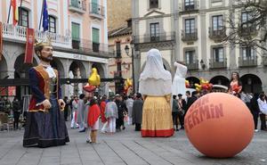 El cine chino convierte a Segovia en Pamplona durante tres días
