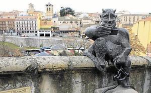 El pleito del diablillo retrasa la ordenanza de protección del Acueducto de Segovia