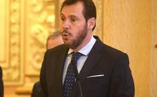 Puente afirma que el abandono de Vicente refleja que «es la oposición la que se desintegra»
