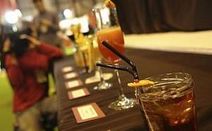 Una barman palentina disputará el décimo Concurso Nacional de Cócteles en el Salón de Gourmets