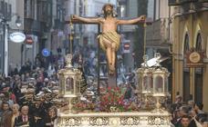 Procesión extraordinaria por el 75 aniversario de la Exaltación de la Cruz